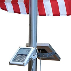 alpha 180x flag pole light